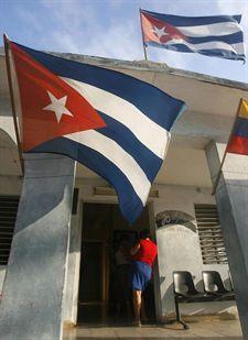 España no logra apoyos para normalizar las relaciones de la UE con La Habana