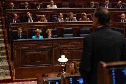 Zapatero, los ministros y diputados intentarán ver el partido