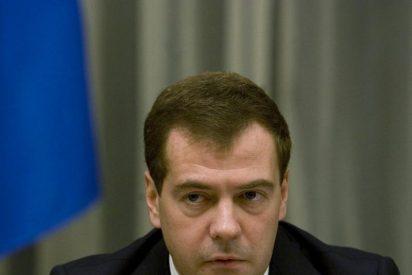 """Medvedev expresa """"preocupación"""" por las variaciones del euro"""