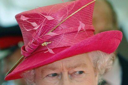 Irlanda invita a la reina Isabel II a ser la primera monarca británica que les visita