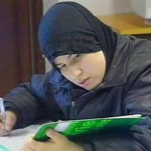 Cunit, Mollet del Vallès, Santa Coloma y Balaguer votan hoy prohibir el 'burka'