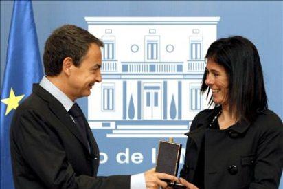Zapatero considera que Pasabán es un ejemplo para toda la sociedad en un momento como el actual
