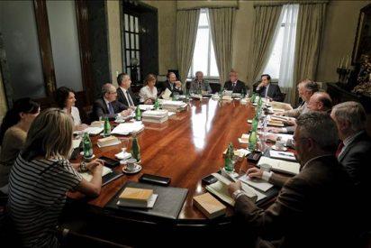 El Senado rechaza a un candidato del PP y sigue adelante con la renovación del TC