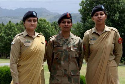 Las primeras oficiales del Ejército aspiran a empuñar pronto las armas