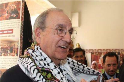Mitchell intenta impedir que la negociación israelo-palestinas sucumba por el ataque a la flota