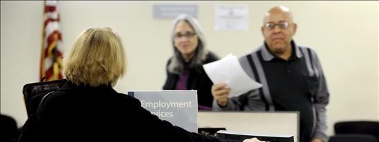 Analistas esperan que el desempleo de EE.UU. baje al 9,8% en mayo