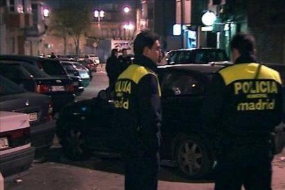Hallan degollada a una mujer de 65 años en su domicilio de Madrid