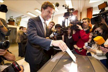 Igualdad entre liberales y laboristas en las elecciones holandesas