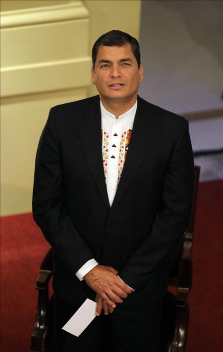 El presidente Correa dice que no necesita responder a la notificación de La Haya