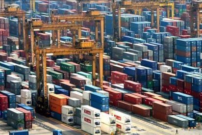 Los expertos calculan que el déficit comercial de EEUU creció un 2,5% en abril
