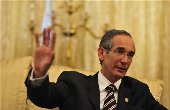 Reconstruir la infraestructura de Guatemala llevará cinco años, dice Colom