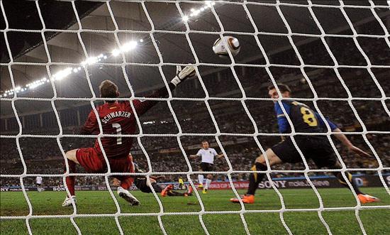 4-0. Alemania aplastó sin despeinarse a los Socceroos