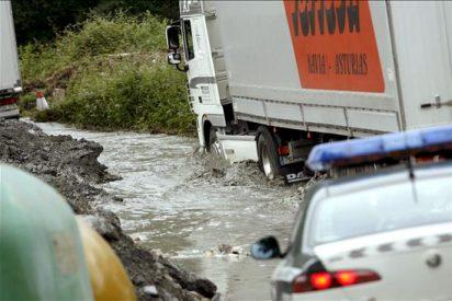 Las fuertes lluvias mantienen en alerta a cinco provincias