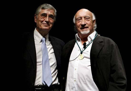 Manuel Vicent recibe la Medalla de Oro del Círculo de Bellas Artes de Madrid