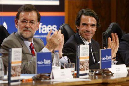 """Aznar y Rajoy alertan de las """"maniobras"""" para que ETA vaya a las elecciones"""