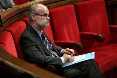 El tripartito impide que comisión vote de nuevo si debe comparecer Castells