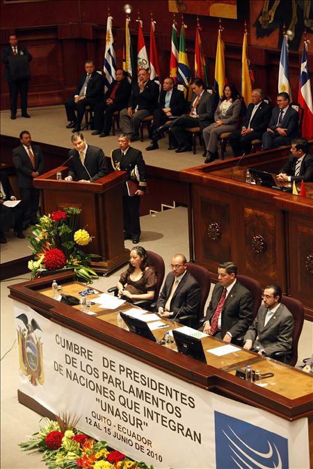 Delegados regionales instan a los países a suscribir un tratado constitutivo de la Unasur