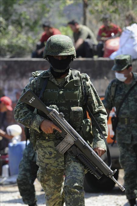 Al menos 14 sicarios muertos en una operación del Ejército en el sur de México