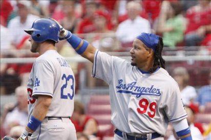 12-0. Manny Ramírez pega jonrón en el triufno de los Dodgers sobre los Rojos