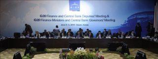 El FMI dice que la crisis en Europa amenaza con frenar la recuperación mundial