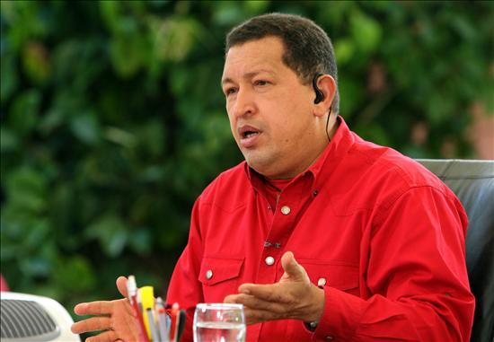 Chávez incorpora a hospitales a estudiantes de medicina criticados por la FMV