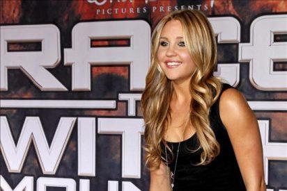 La actriz Amanda Bynes anuncia que deja el cine, a los 24 años