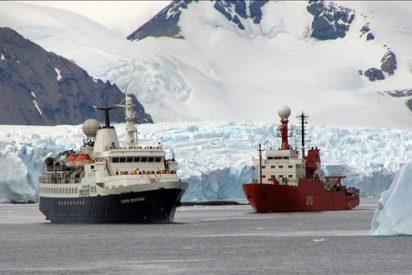 El Museo Naval abre una nueva sala con una muestra de buques en la Antártida
