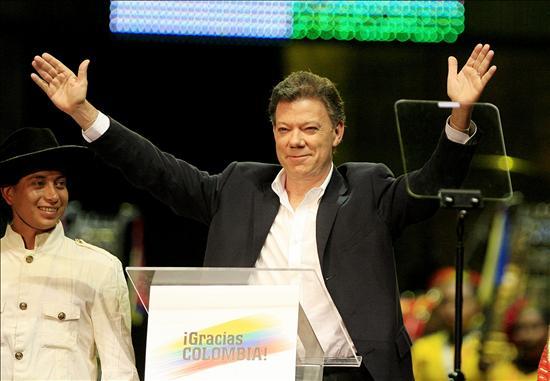 Con Santos habrá menos crispación que en la era Uribe, según analistas