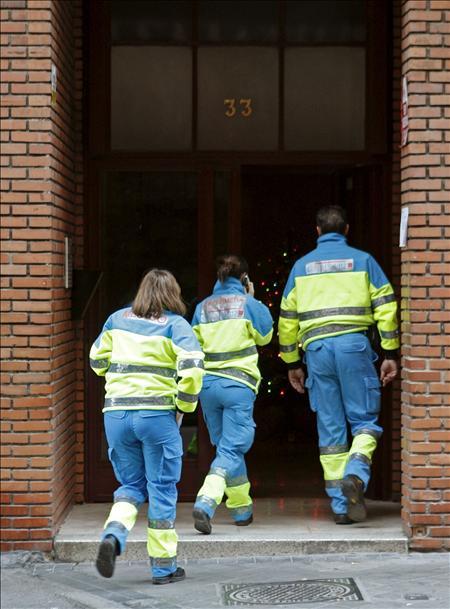 Muere un hombre al caer por las escaleras en una pela con un joven en Leganés