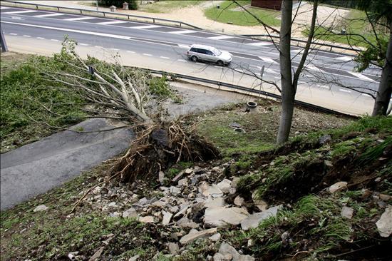 Diez provincias continúan hoy en alerta por las tormentas y/o lluvias