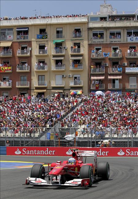 """Alonso afirma que """"si respetas las banderas amarillas quedas noveno y si no, segundo"""""""