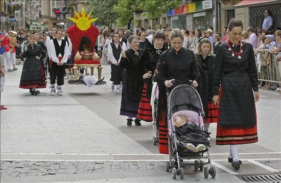 El desfile de calderas congrega a más de 15.000 personas en Soria