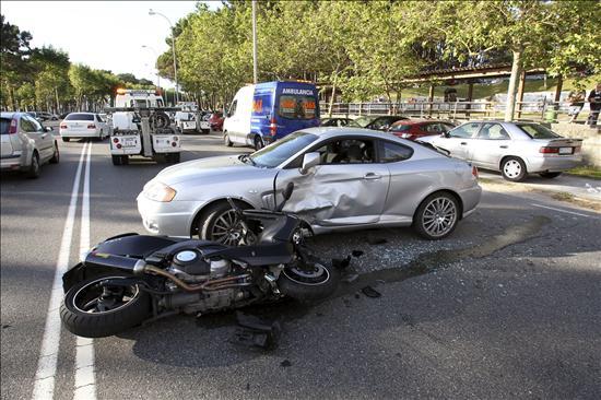 Catorce muertos en las carreteras durante el fin de semana