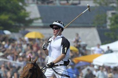 El Príncipe Enrique pone fin a su visita a Nueva York con un partido benéfico de polo