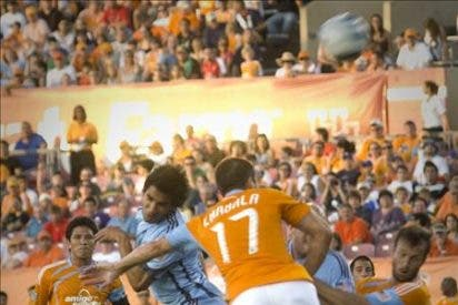 El argentino Barros Schelotto y el colombiano Ángel anotan en el regreso de la MLS