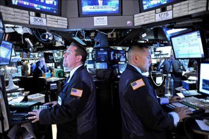 El pesimismo de los consumidores de EE.UU. deprime a Wall Street