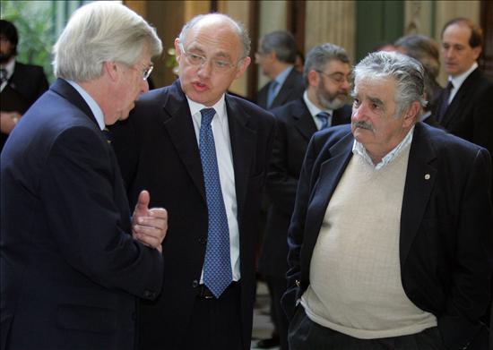 Uruguay recibe de forma positiva la propuesta argentina para el control del río