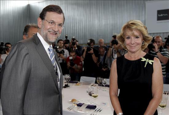 Rajoy junta hoy a Aguirre y Cobo en una reunión del grupo municipal del PP