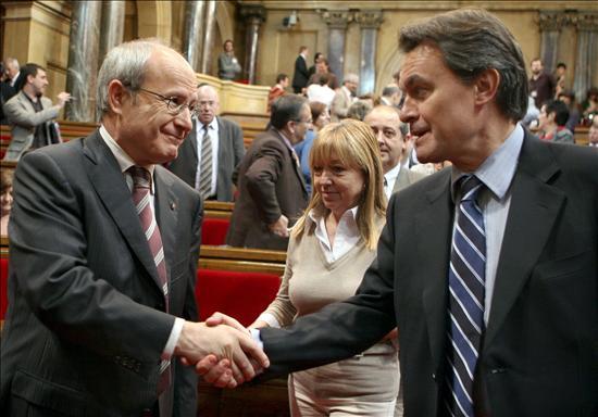 Montilla y Mas aplazan la cumbre catalana y el pleno hasta tener la sentencia sobre el Estatut