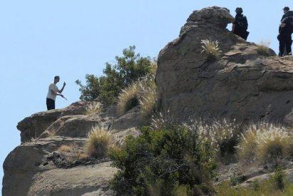 Un actor porno cae por un acantilado en Los Ángeles para evitar que la policía lo detenga