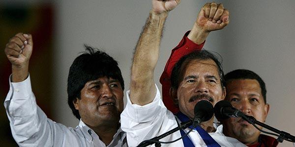 """Evo Morales es reelegido como líder """"cocalero"""" en Bolivia"""