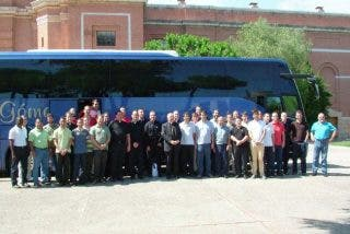 Osoro viaja con sus seminaristas mayores a Ars