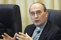 """Velasio de Paolis, """"comisario"""" pontificio de los Legionarios de Cristo"""