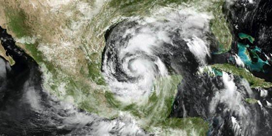 La tormenta 'Alex' se transforma en el primer huracán del 2010