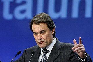 """CiU suspende todos sus actos ante la """"gravísima"""" sentencia del Estatut"""