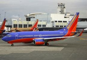 Hallan cerca de 60 cabezas humanas en avión estacionado en Arkansas