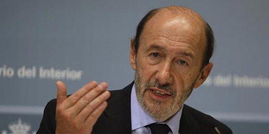 Juan José Millás le dedica un publirreportaje a Alfredo Pérez Rubalcaba para 'El País Semanal'