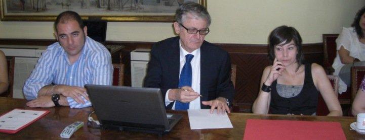 """""""Esperanza Aguirre va a convertir los pisos tutelados de menores en pequeñas cárceles"""""""