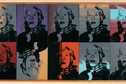 Un autorretrato en gran polaroid de Andy Warhol se vende por 254.500 dólares