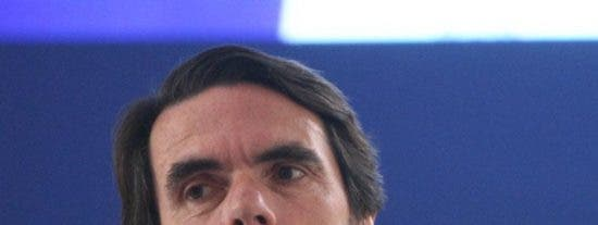 """Aznar culpa a Zapatero del """"lío"""" en torno al Estatut"""